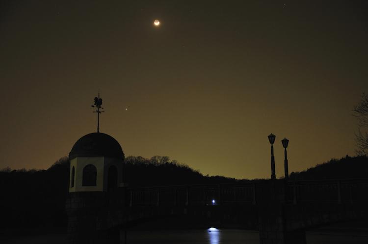月と金星_8888[1]