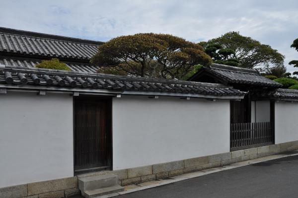 idutsuyashiki_01[1]